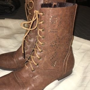 Wet seal women's ankle boots adorable 9
